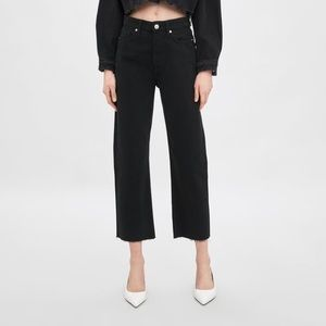 Zara Black Straight Leg Hi-Rise Ankle Length Jeans